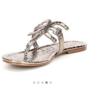 NWOT Sam Edelman Carter thong sandals!